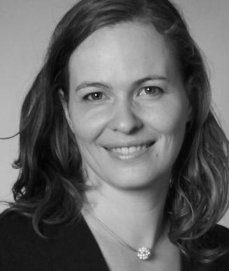 Portraitbild Julia Darbinjan